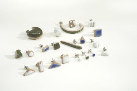 Jujumade設計的耳環來自無心插柳的創意。(Jujumade提供)