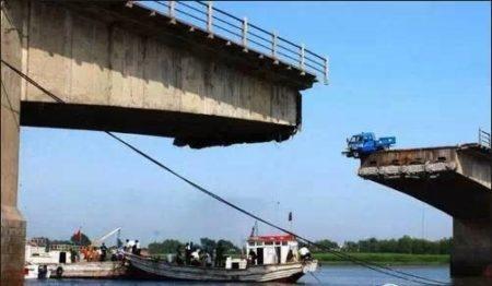 辽宁盘锦田庄台大桥。(网络图片)