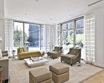 $1,852每平方英尺的标价是曼哈顿整条公园大道豪华公寓里绝无仅有的最低价格!(Douglas Elliman 提供)