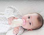 幼儿喝全脂牛奶会比喝低脂或脱脂奶体重更理想,体内维生素D水平明显更高。(fotolia)