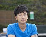 Darren(邱凯伟)最近新八点档《700岁旅程》的演出。(台视提供)