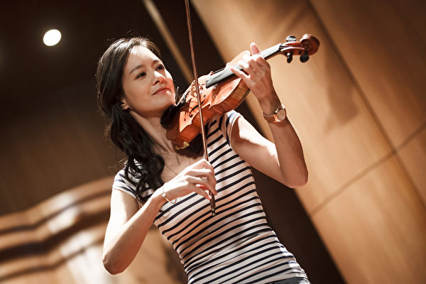 Janet為《High_5制霸青春》重拾小提琴(聯合互動傳播提供)