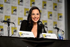 圖為蓋兒‧加朵(Gal Gadot)出席活動資料照。(Charley Gallay/Getty Images for DC Entertainment)