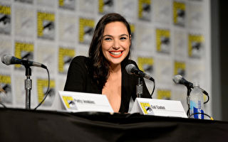 图为盖儿‧加朵(Gal Gadot)出席活动资料照。(Charley Gallay/Getty Images for DC Entertainment)