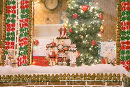 最大姜饼屋旧金山展出 圣诞气氛浓