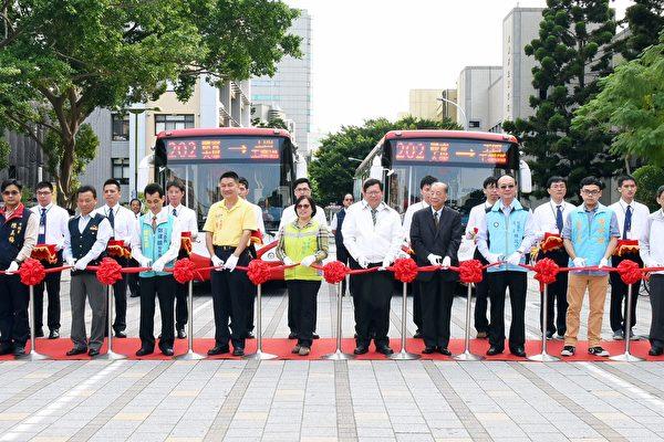 機捷A8轉運站完成「捷運轉乘公車」,讓市民更加便利。(機捷/提供)