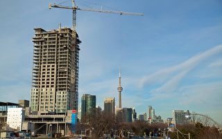 TORONTO, ON - APRIL 14: Toronto's construction of condominium developments can be seen. The demand for real estate continues to be high.        (Chris So/Toronto Star via Getty Images)