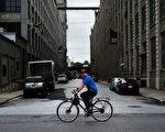 位於布碌崙日落公園的一處倉庫,市府正在推動當地改為辦公室。 (Spencer Platt/Getty Images)