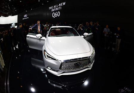 Q60是Infiniti G系列的继承人,但它从来没有真正抓住高端豪华车的买家。(JEWEL SAMAD/AFP/Getty Images)