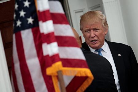根據CNN最新民調,大多數受訪民眾認為川普會是個好總統。(Drew Angerer/Getty Images)