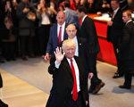 美國候任總統川普,週一(28日)將持續會見人才,預料本週應會陸續公布重要職務的人選。美國候任總統川普,週一(28日)將持續會見人才,預料本週應會陸續公布重要職務的人選。 (Spencer Platt/Getty Images)