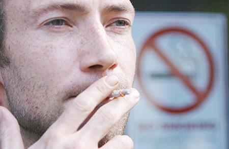 三手煙不止危害健康 污染難除影響賣房賣車 | 三手菸 | 二手車 | 戒菸