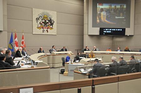 卡城市議會11月21日下午一致通過了2017年財政預算。(黃鐘樂/大紀元)