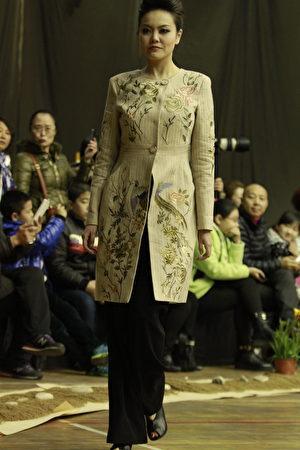 中國時裝大賽金獎得主金明鋒的故事 (下) | 法輪功
