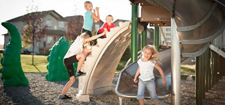 小区内的儿童活动场,Nolan Park(JamanBUILT 提供)。