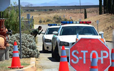 对任何可能被遣返的外国人士,都得确保被合法对待,了解美国法律,再找律师咨询为上策。(Getty Images)