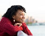修炼自己,不厌恶控制是一种心灵解脱,会让我们更快乐。 (Rido/Shutterstock)