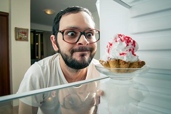吃糖会使血糖升高、情绪高亢。 (Korta/Shutterstock)
