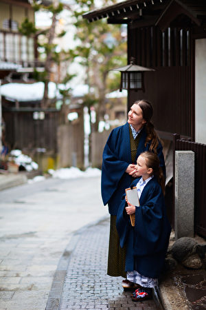 Little girl wearing yukata