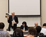 12月1日,十年来持续调查中共活摘真相的加拿大著名人权律师大卫·乔高一行出席在日本参议院举行的有关中共活摘器官真相的研讨会。(游沛然/大纪元)