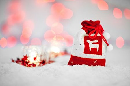 迎接圣诞节 台网友关注礼物选购及圣诞景点