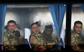 據港媒報導,中共當局為結合明年裁軍30萬的戰略任務,將有26,000多名現役高、中級軍官面臨清洗、整治。(Andy Wong - Pool/Getty Images)
