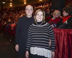Autumn Yontz是American Dance Academy 舞蹈學校的芭蕾舞教師,曾是Dance Detroit 芭蕾舞團的演員,她和丈夫Kip Yontz 一同觀看了神韻演出。她表示對神韻慕名已久,從演出中獲得許多靈感。(Valerie Avore/大紀元)
