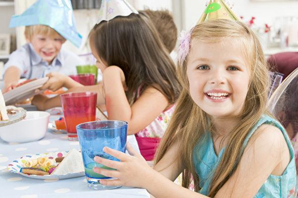 糟糕的学校食堂卫生 低于纽约市餐厅平均水平