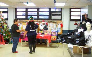 68分局聖誕集市 純手工飾品惹人愛
