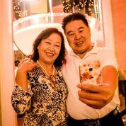 一對結婚五十年的金婚夫婦,來天緣渡假村第一次找回了失去的時光。(大紀元圖片)