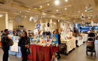 切尔西市场内的Etsy圣诞市集。 (柯婷婷/大纪元)