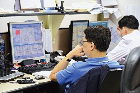 港股昨日報收21,754點,全日升179點,大市成交金額515億港元。(大紀元資料圖片)
