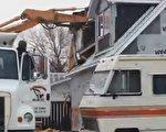"""亚省男子雷诺的""""车库""""于上周四被拆除。(视频截图)"""