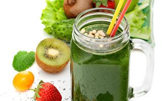 早餐應多元豐富。除了蔬果精力湯之外,可搭配一顆水煮蛋、吐司、堅果類或麥片、小麥胚芽等。(Fotolia)