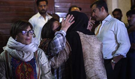 更新:巴基斯坦墜機48喪生 包括1中国人 | 空難 | 飛機墜毀 | 飛機失事