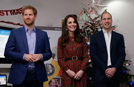 威廉王子、凯特王妃和哈里王子。(Alastair Grant - WPA Pool/Getty Images)