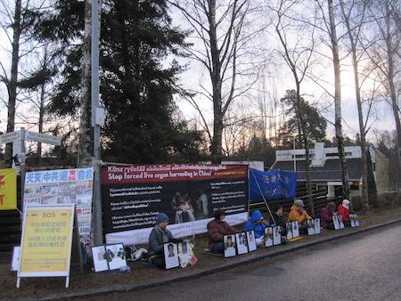 国际人权日 芬兰法轮功学员吁制止中共活摘