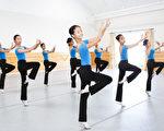 飞天艺术学院系统性的教授中国古典舞。(加州飞天艺术学院提供)