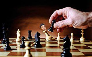 作为中共江派在港代理人的梁振英,在习江博弈,习近平取得压倒性优势的情况下,注定不能连任。(大纪元合成图)