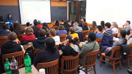 哥倫比亞大學首映獲獎紀錄片《活摘》,吸引多人到場觀看。 (莊翊晨/大紀元)