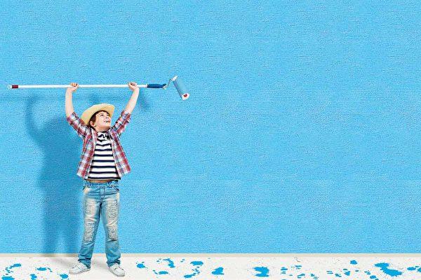 在加州,屋主要进行室外油漆,有一些法规必须要注意,以免触法。(Shutterstock)