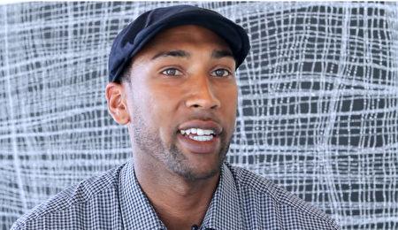 前美国职业篮球勇士队(Warriors)球员Justin Davis表示,要感谢神韵演员,他们的演出非常棒!(新唐人)