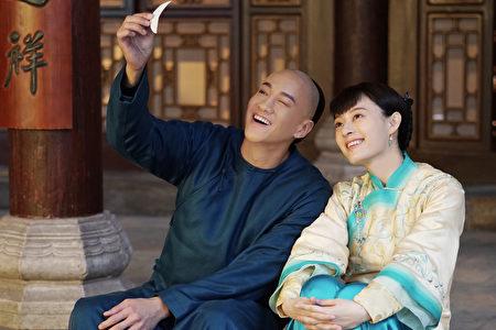 孙俪与何润东在《那年花开月正圆》中的剧照。(达腾娱乐提供)