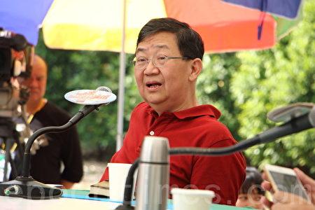 """何庆基形容今次西九建故宫是""""霸王硬上弓"""",强调虽然他希望见到故宫在香港,但是若要放弃公平公正的原则,宁愿不要。(蔡雯文/大纪元)"""