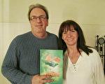 企业主Gaston Savard携夫人Danielle在2017年1月8日下午观看了在渥太华国家艺术中心的神韵演出。两人都非常喜爱神韵。(梁耀/大纪元)