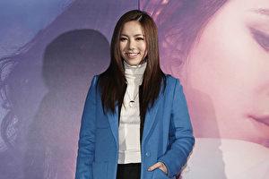 邓紫棋(G.E.M.)20日出席个人音乐纪录电影《一路逆风》台北首映会。(蜂鸟音乐提供)