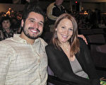 Reece Rodgery先生和女友Elizabeth Turner一同观看了1月21日神韵在新奥尔良的演出。(麦蕾/大纪元)