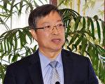 波克莱台湾商会特邀前高雄大同医院院长余明隆就B、丙型肝炎的防治做专题演讲。(贝拉/大纪元)