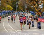 纽约路跑协会日前表示,2017年TCS纽约市马拉松现在开始接受申请。 (Elsa/Getty Images)