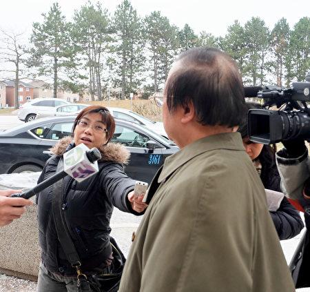 1月24日,潘鈺儀詐騙案的華裔受害者吳先生告訴媒體,他希望潘坐牢。(周月諦/大紀元)